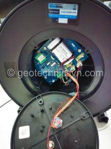 Kiểm tra pin, bo mạch bộ ghi đo chuyển vị ngang Inclinometer GK-604D