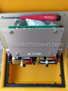Sửa chữa máy ghi đo thiết bị dây rung Data Recorder