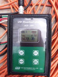 Đo số liệu thiết bị đo ứng suất cốt thép Rebar Stressmeter trước khi đổ bê tông