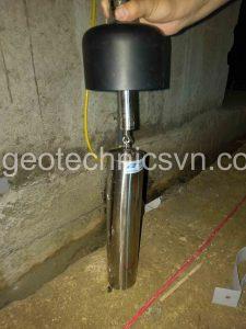 Cảm biến đo chiều cao cột nước và phao - bộ thiết bị máng chữ V đo lưu lượng thấm