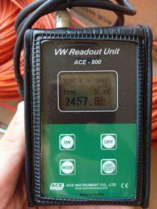 Cung cấp thiết bị quan trắc_thuỷ_điện_Tân_Lộc: Máy đọc thiết bị dây rung ACE-800